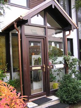 wintergarten holz wurm rosenheim ihr zuverl ssiger partner f r winterg rten holz glas bau. Black Bedroom Furniture Sets. Home Design Ideas